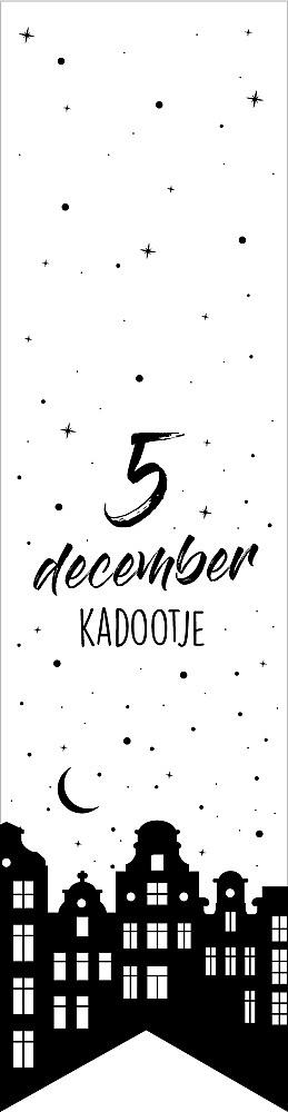 Labelsticker 5 December Kadootje
